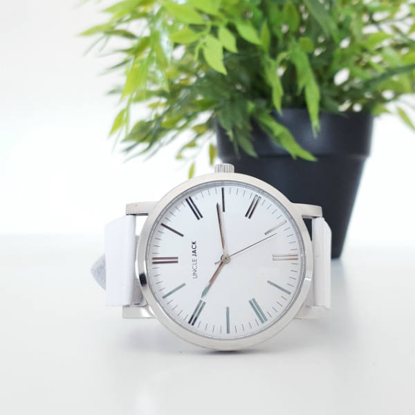 WIN: 1 of 5 Uncle Jack watches