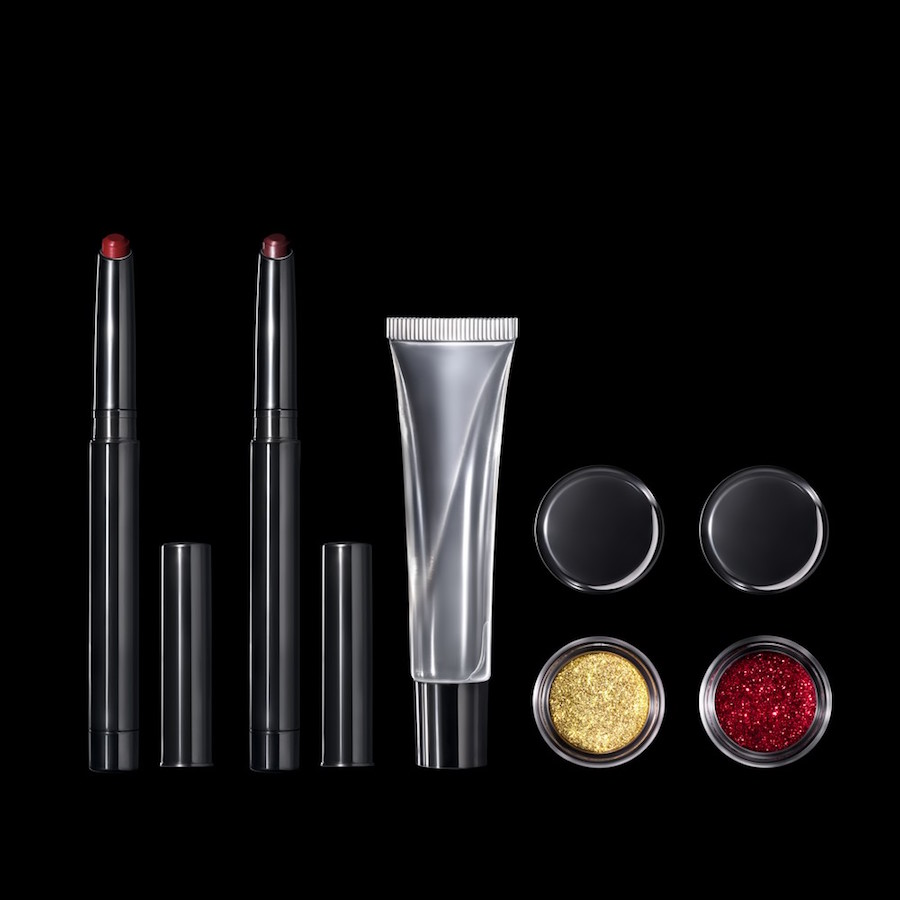 Holy one, Pat McGrath, is releasing a lip kit that includes ~actual~ lip glitter