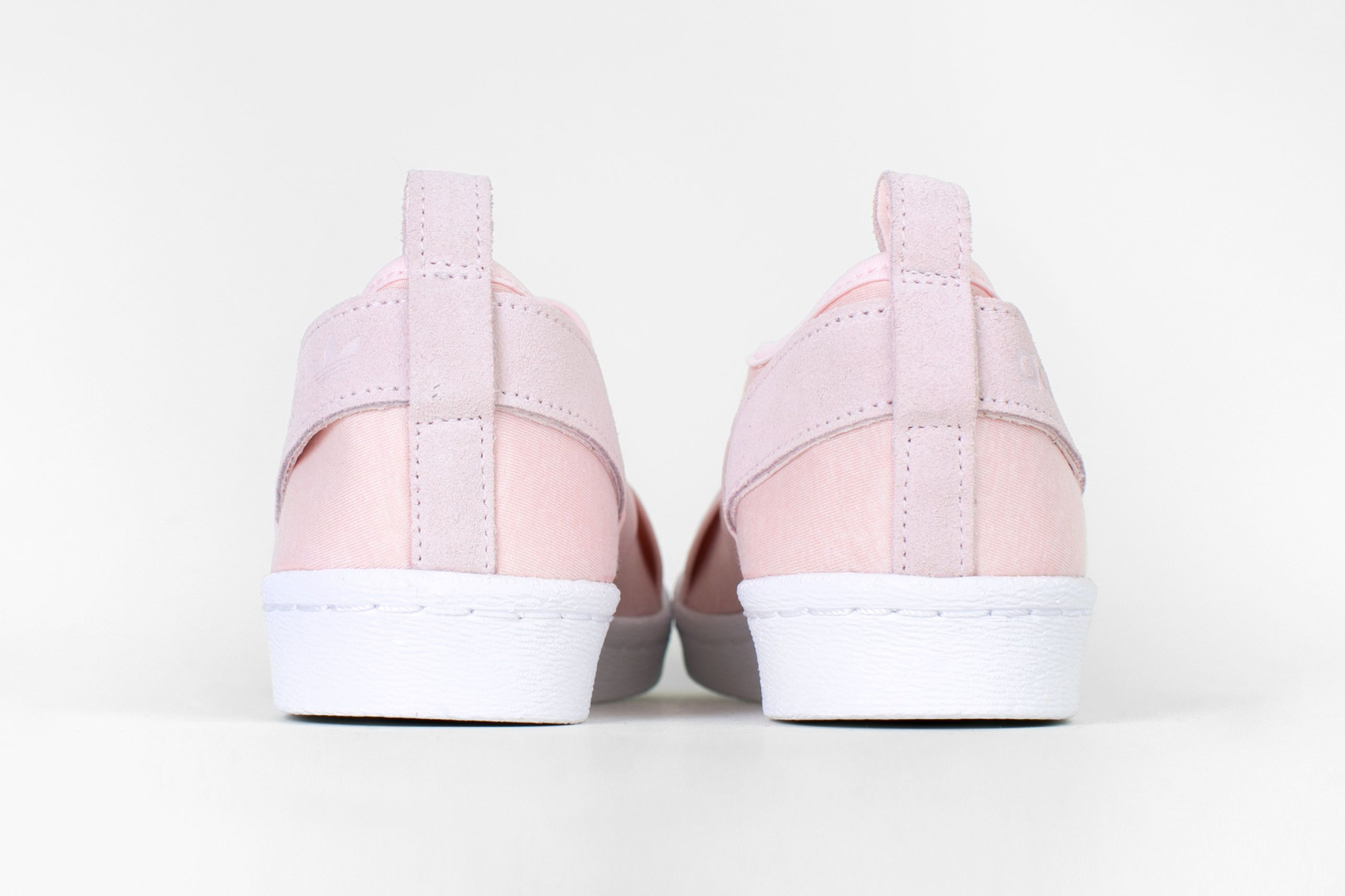 adidas Originals has blessed us with this tumblr pink