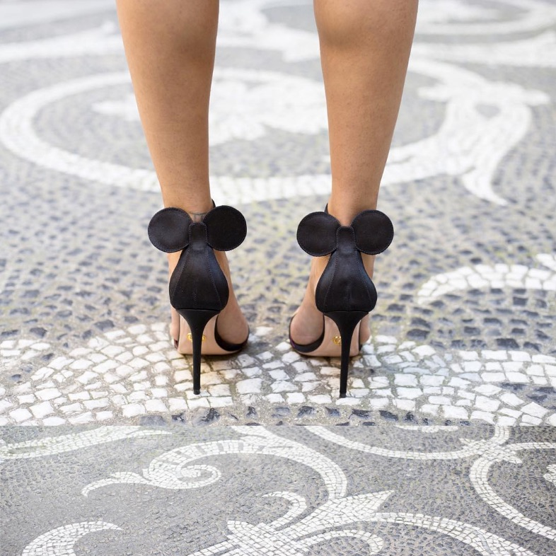 People are loving these Minnie Mouse heels