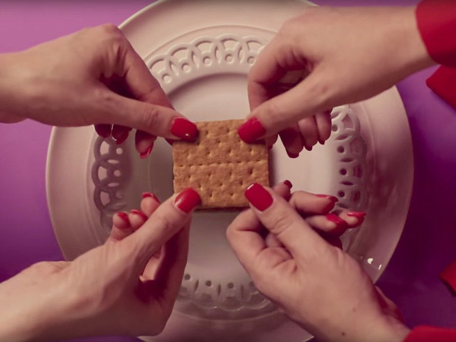 A food stylist directed a Quentin Tarantino-style cooking tutorial