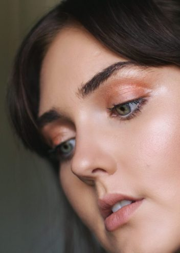 A beauty blogger that plays with makeup all day answers your burning questions