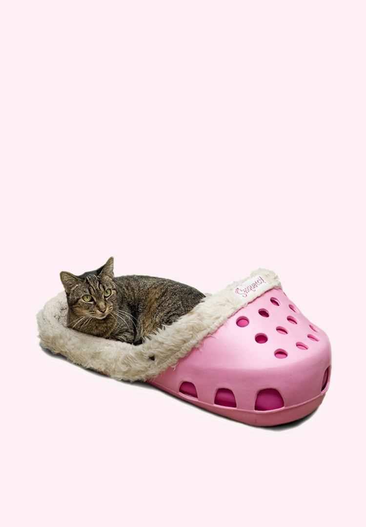 Giant Crocs-style beds are here for people who hate their pets