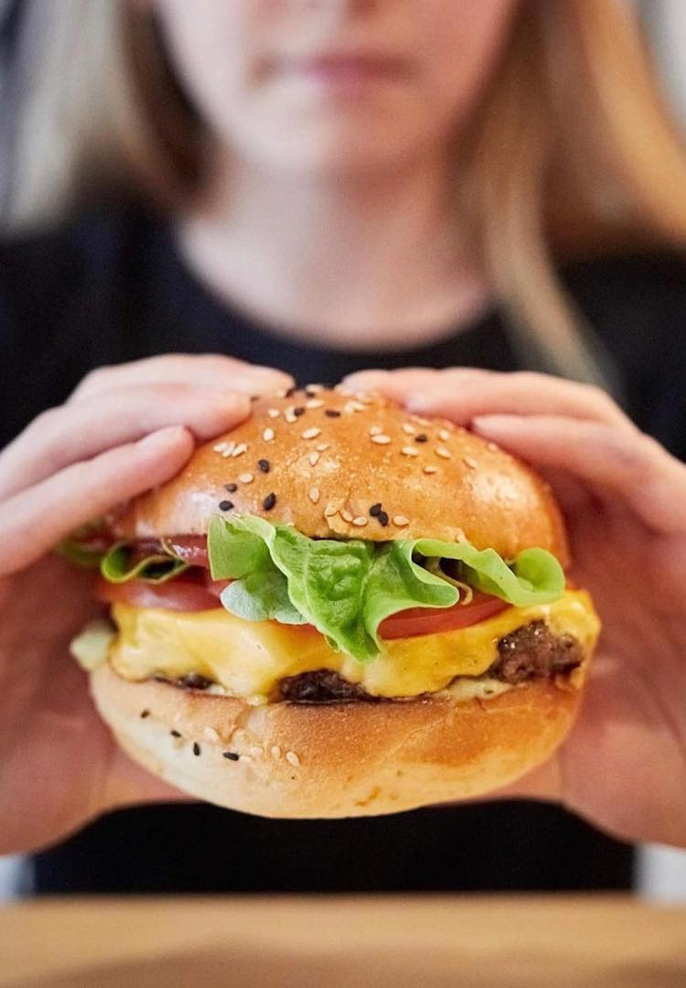 YOMG is giving away hundreds of free burgers in Melbourne
