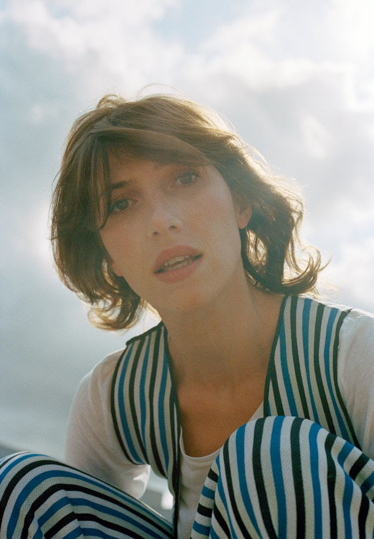 Aldous Harding's new single video is beautiful and bewildering